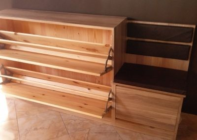 Modern Shoe Rack with a Seat