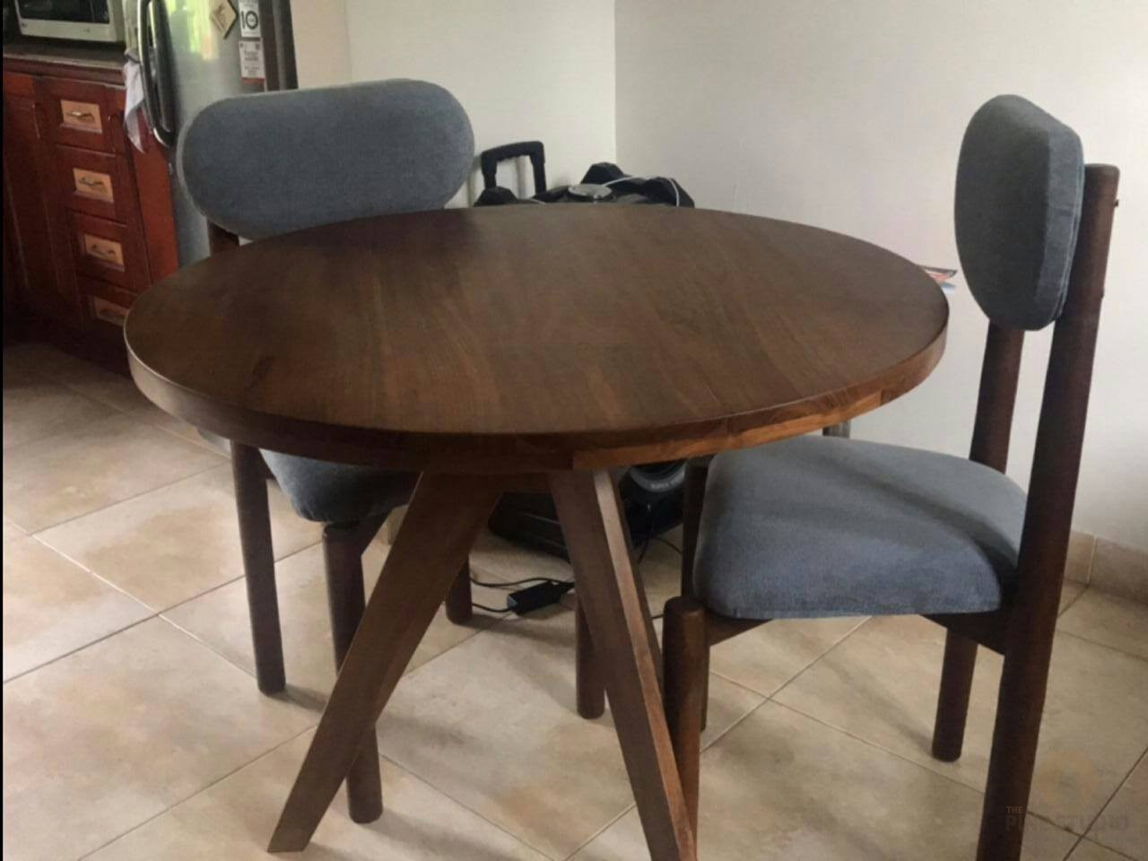 Circle Teak Dining Table The Pine Studio