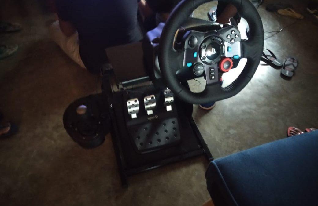 Small Gaming Cockpit