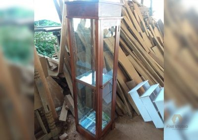 Display Cupboard/Cabinet made out of Mahogany