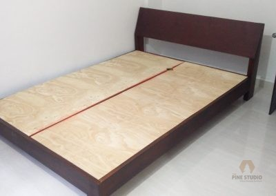 Queen Size Bed made out of Mahogany/Pinewood