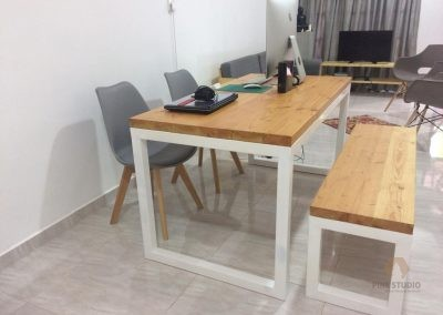White Elegant Dining Table Made out of Douglas Fir wood
