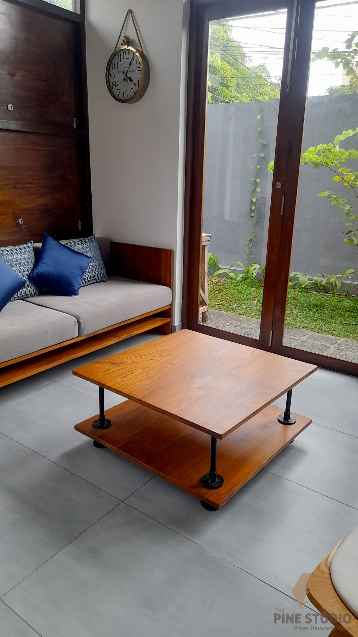 customised coffee table, customized coffee table